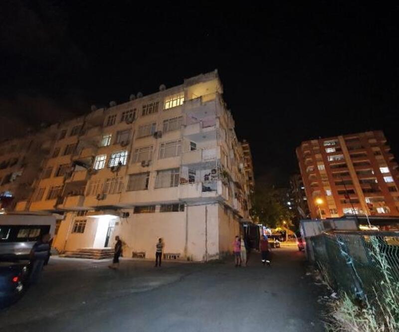 4'üncü kattan düşen Elanur, yaralandı