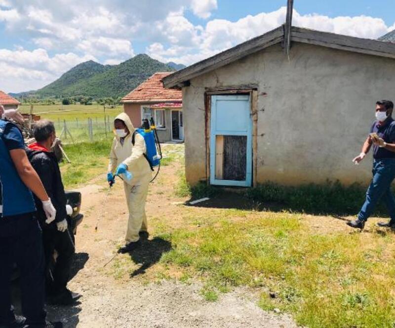 Mahalleye ziyerete giden kadın ve görüştüğü 11 kişide virüs tespit edildi