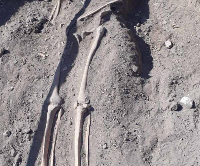 Son dakika.. Diyarbakır surlarında Orta Çağ'a ait insan iskeletleri bulundu