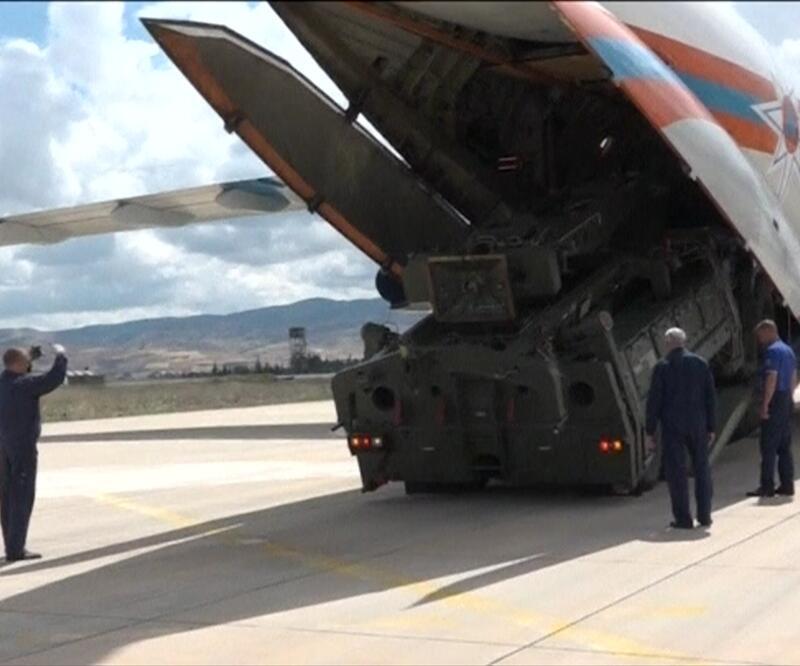 Son dakika: Reuters'tan Türkiye'ye ilişkin S-400 iddiası   Video