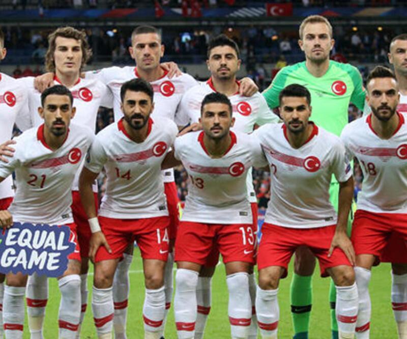 Türkiye, FIFA dünya sıralamasında 33'üncülüğe geriledi