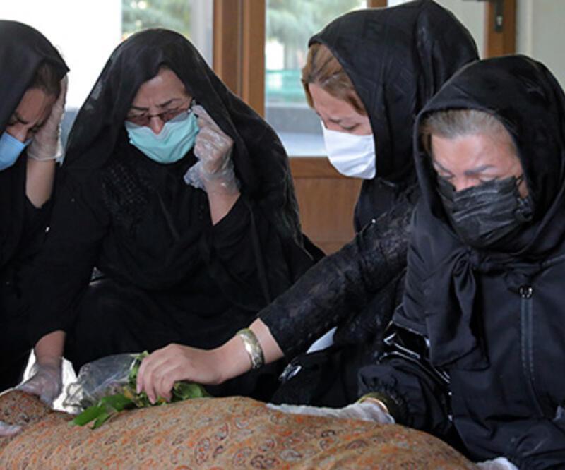 Kovid-19 nedeniyle kan bağışının düştüğü İran'da 5 günlük kan stoku kaldı