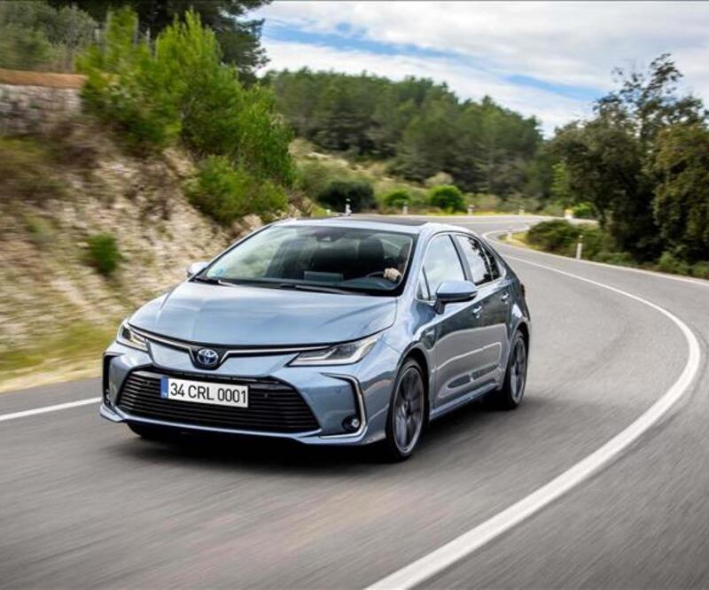 Toyota, 2020'deki 9,53 milyon araç satışıyla Alman Volkswagen'i geçti