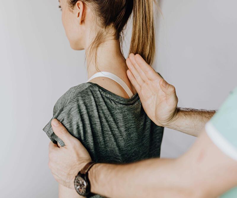 Omurga sağlığını korumanın yolları! İşte yapmanız gerekenler