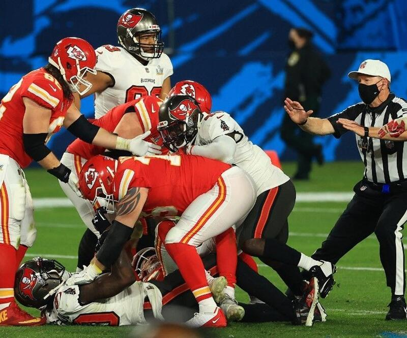 55'inci Super Bowl'da kazanan belli oldu