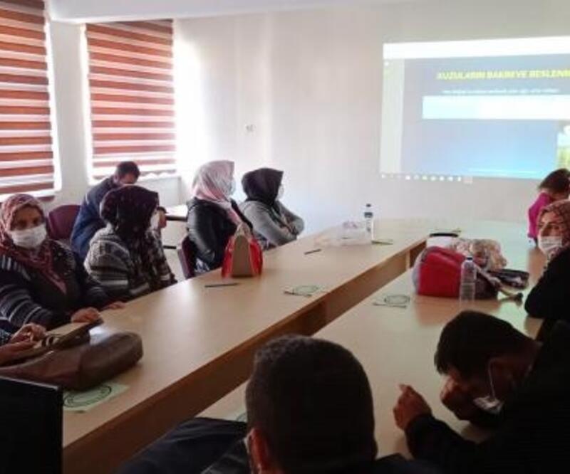 Hocalar'da sürü yönetimi elemanı kursu