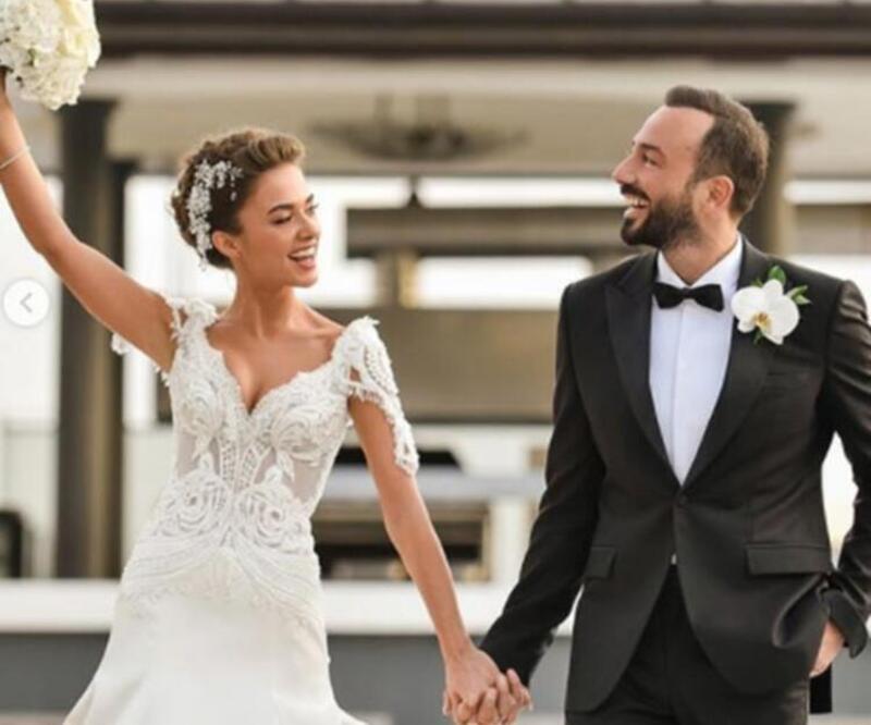 Hakan Baş'tan romantik kutlama! Bensu Soral, 30 yaşına bastı