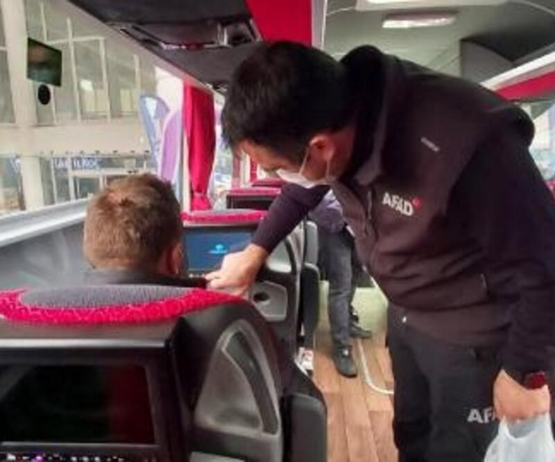 AFAD'tan otobüs yolcularına videolu afet farkındalık eğitimi