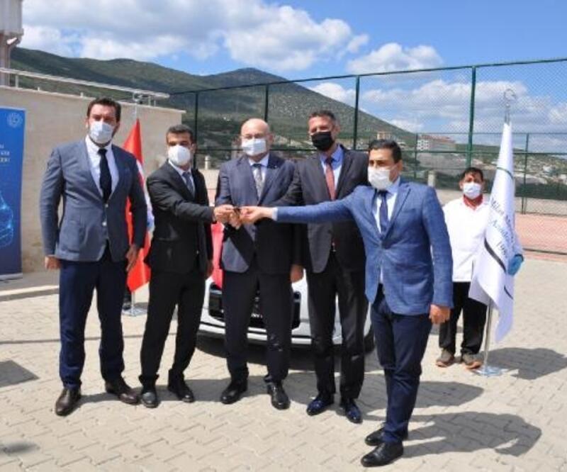 Otomobil üreticisinden eğitime 'elektrikli araç' desteği