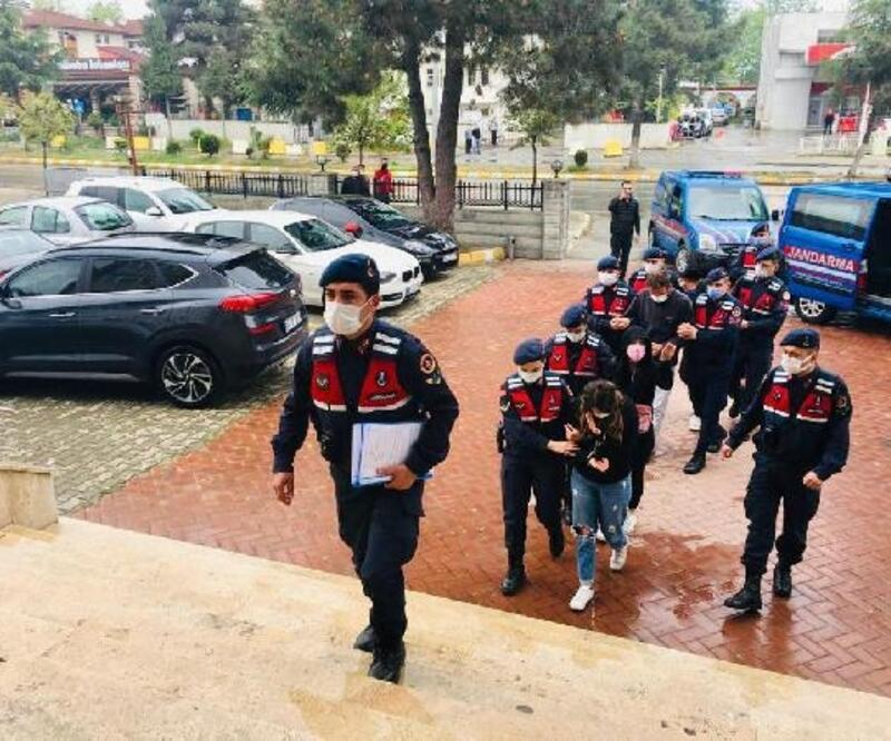 Trabzon'da evlere dadanan hırsızlar yakalandı