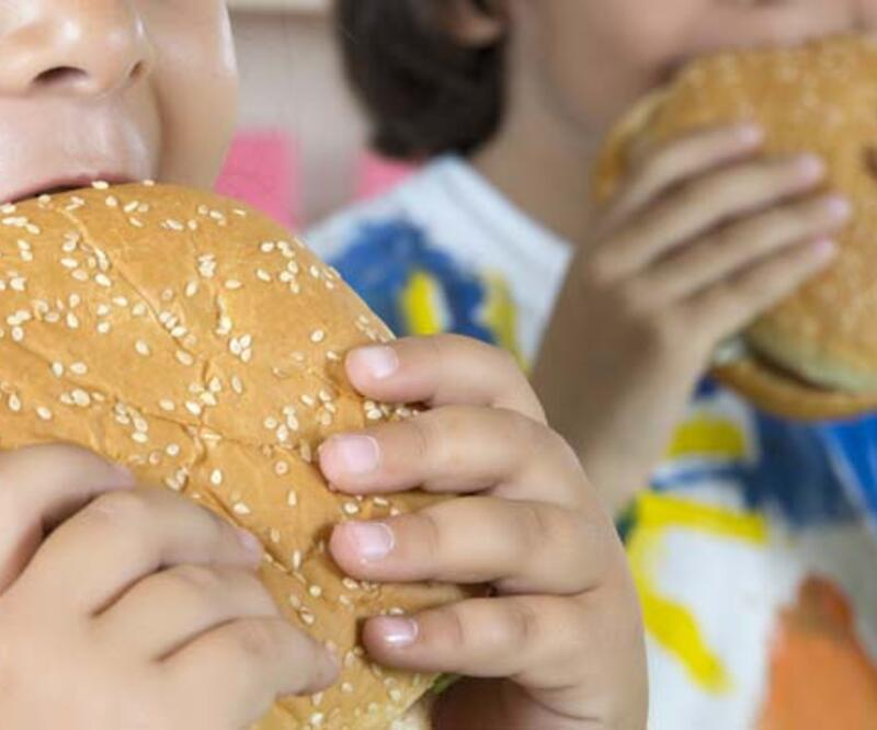 Her 3 obez çocuktan biri yetişkinlikte de obez olabilir