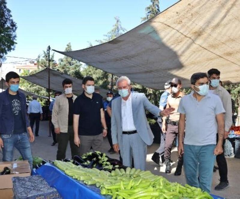 Mardin'de semt pazarı koronavirüs tedbiriyle açıldı