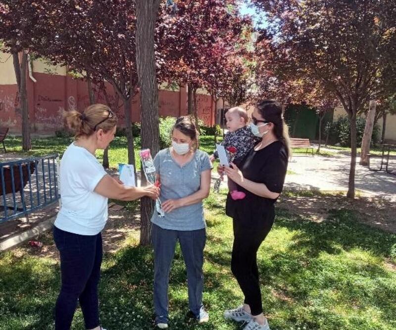 Çiğli Belediyesi'nden Anneler Günü sürprizi