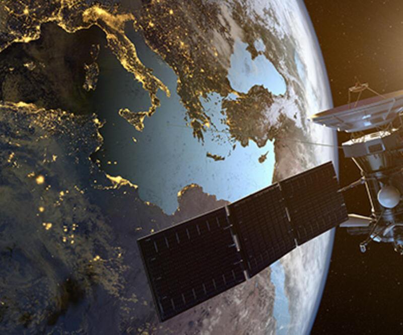 Rusya'dan İran'a casus uydu sistemi
