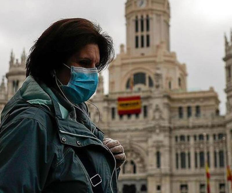 İspanya'da hafta sonundan itibaren açık alanda maske takma zorunluğu kaldırılıyor