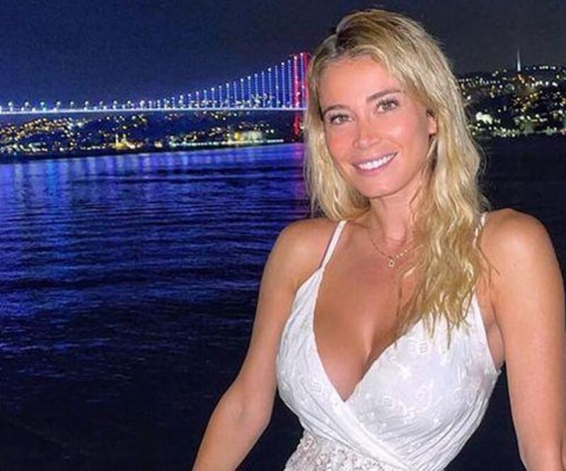 Can Yaman sevgilisi Diletta Leotta'yı hamama götürdü