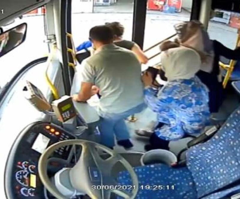 Otobüs şoförü 45 yolcunun hayatını kurtardı
