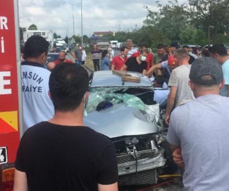 Samsun'da bayram tatili yolculuğunda kaza; 5 yaralı