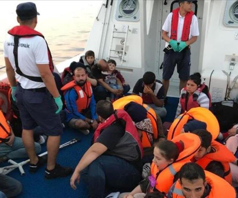 Muğla açıklarında 35 düzensiz göçmen kurtarıldı