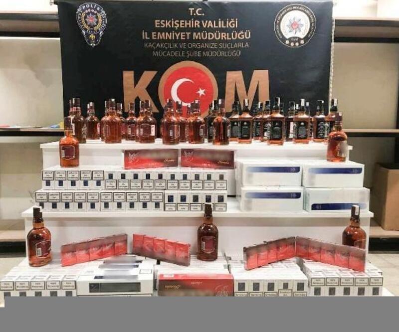 Eskişehir'de kaçak içki ve sigara ele geçirildi