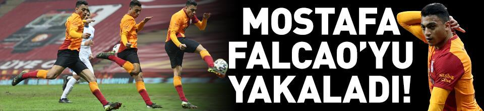 Mostafa Mohamed, Falcao'yu yakaladı!